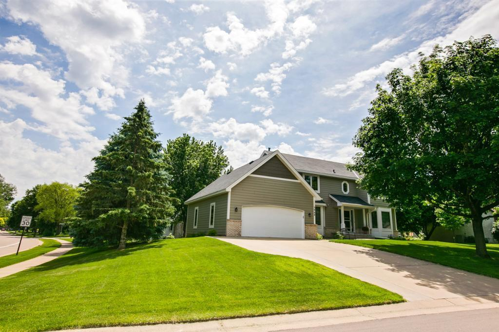 5968 Keithson Drive Property Photo - Shoreview, MN real estate listing
