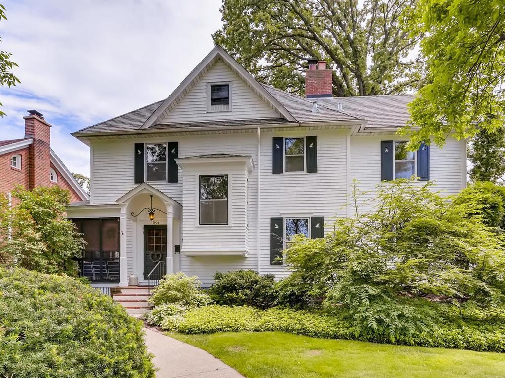 1924 Princeton Property Photo - Saint Paul, MN real estate listing