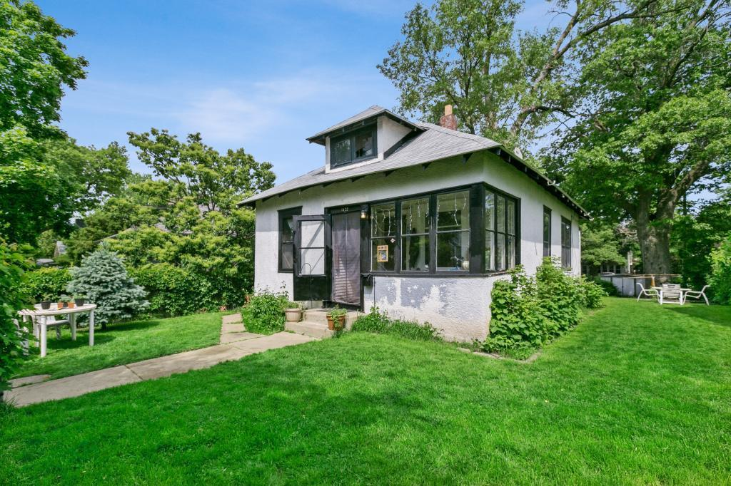 3522 Colfax N Property Photo - Minneapolis, MN real estate listing
