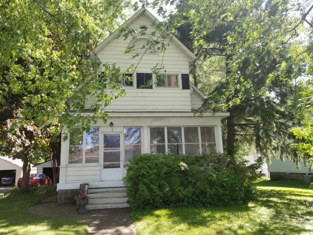 7 1st SE Property Photo - Hayfield, MN real estate listing
