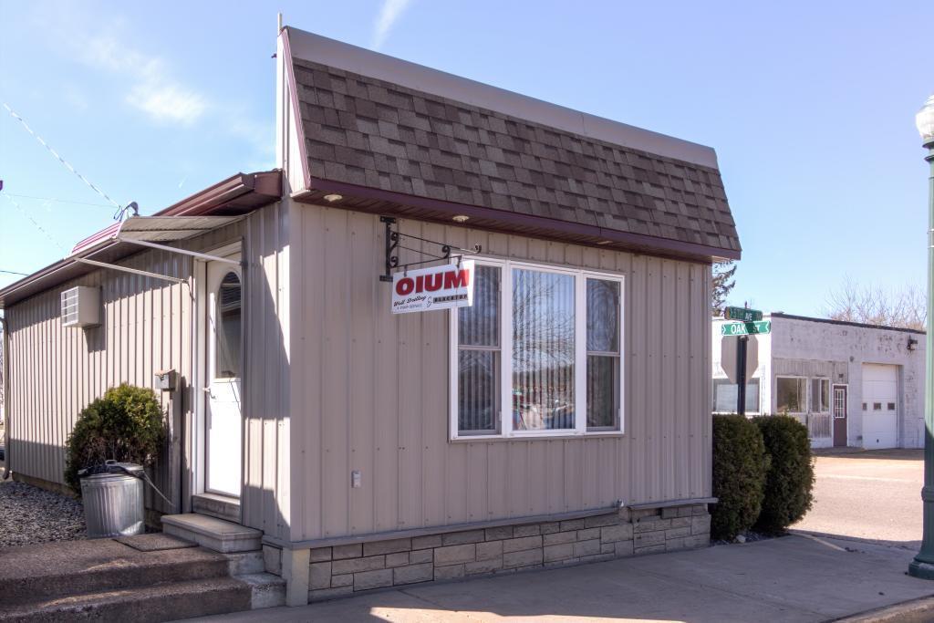 211 5th Avenue N Property Photo - Strum, WI real estate listing