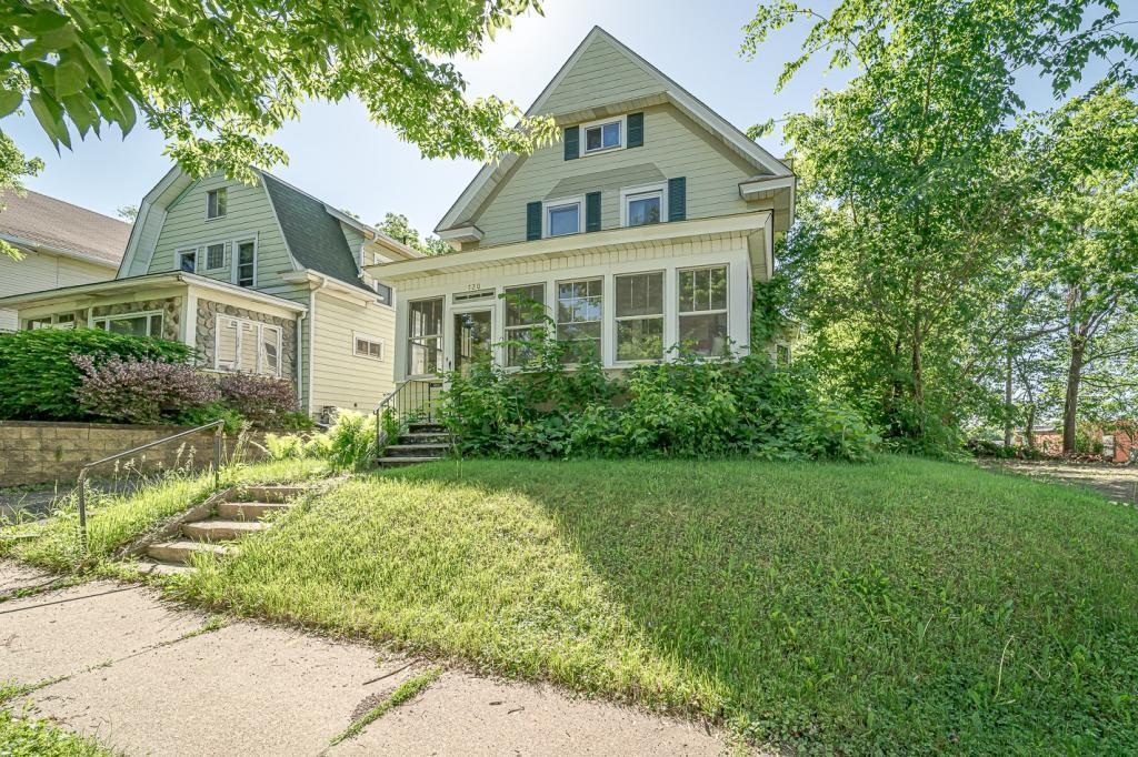 720 Wilson Property Photo - Saint Paul, MN real estate listing