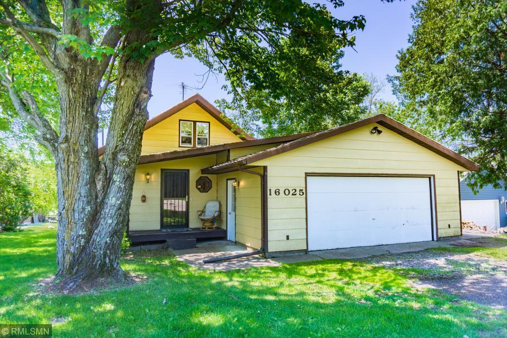16025 Maple Property Photo - Center City, MN real estate listing