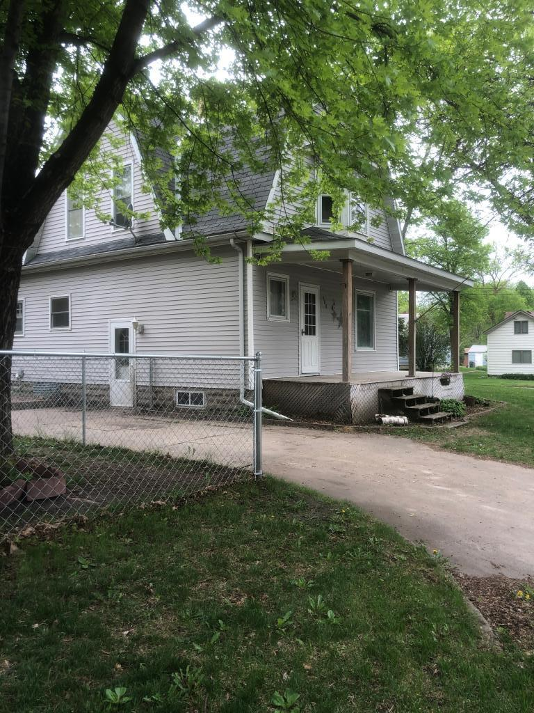 408 Day N Property Photo - Raymond, MN real estate listing