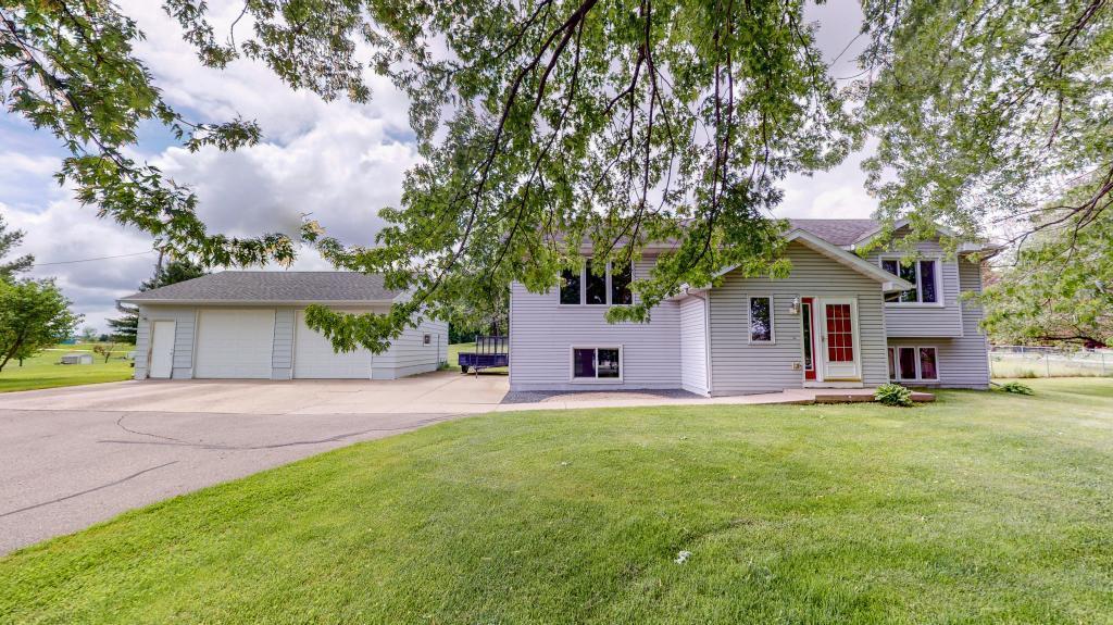 425 2nd Se Property Photo