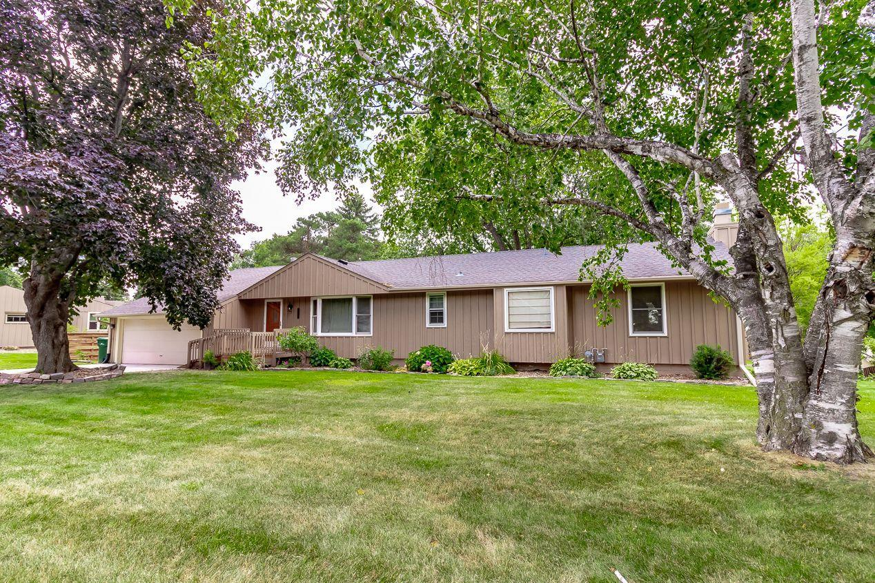 2861 Highridge Property Photo - Eagan, MN real estate listing