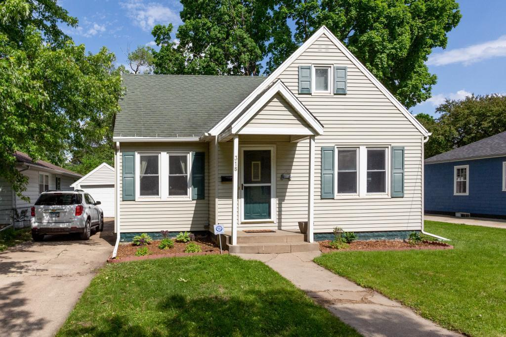 318 13th SE Property Photo - Rochester, MN real estate listing