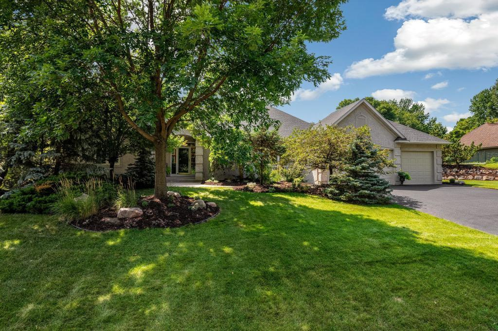6037 Woodchuck Circle Property Photo - Lino Lakes, MN real estate listing