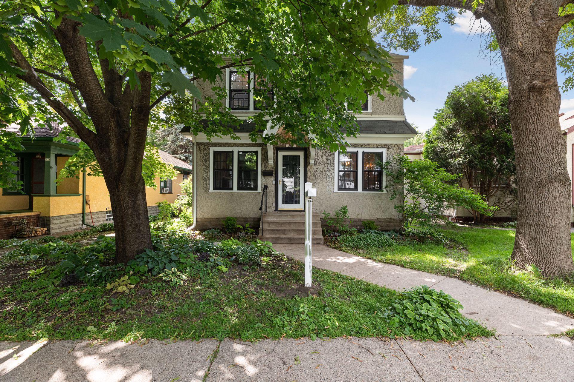 269 Warwick Property Photo - Saint Paul, MN real estate listing