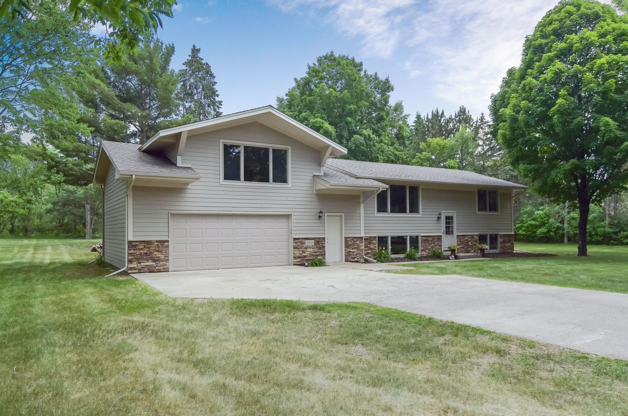 20835 Aster NW Property Photo - Oak Grove, MN real estate listing
