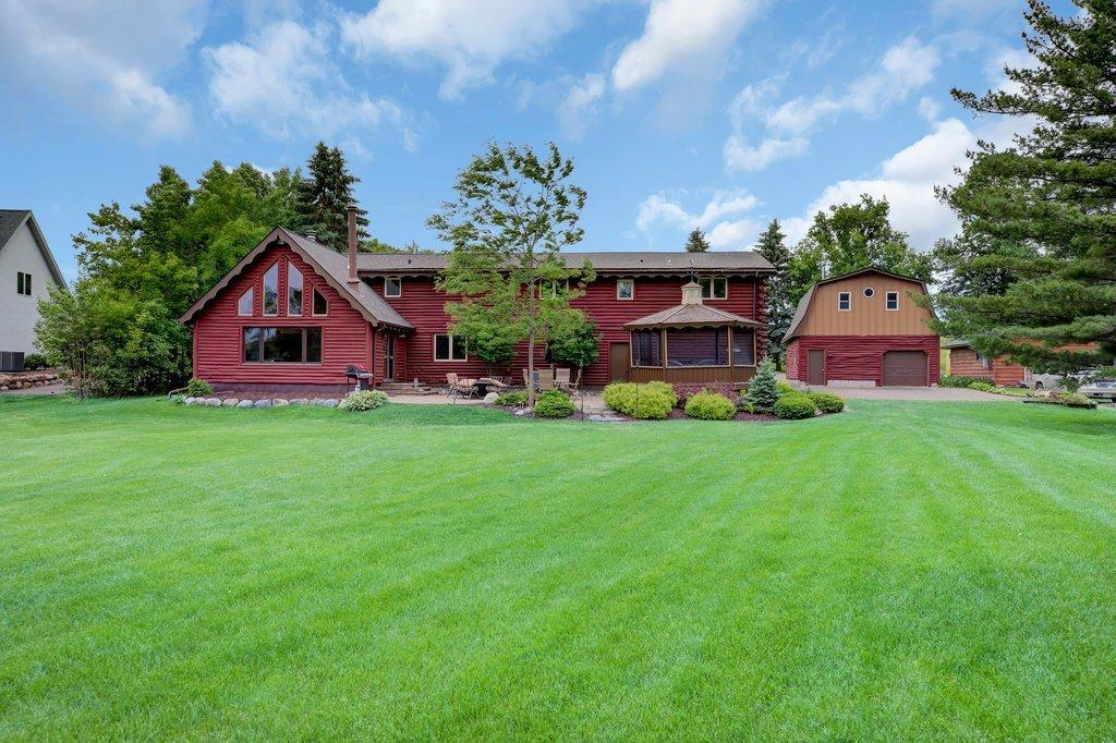 10738 Green Lake Property Photo - Chisago City, MN real estate listing