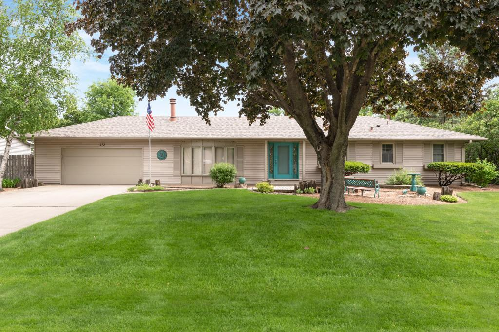 272 Elm Property Photo - Apple Valley, MN real estate listing