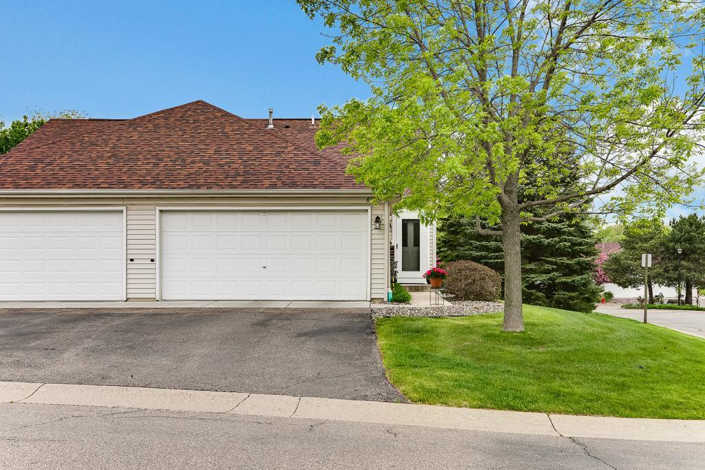 8795 Coffman Path Property Photo - Inver Grove Heights, MN real estate listing
