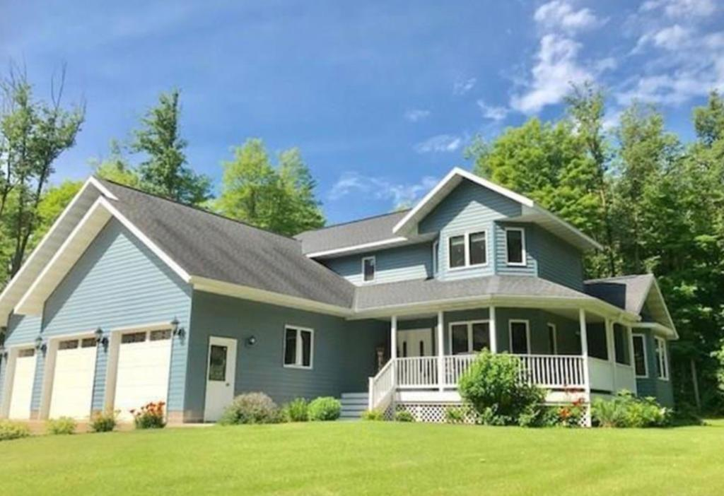 24409 HILLCREST DR Property Photo - Cohasset, MN real estate listing