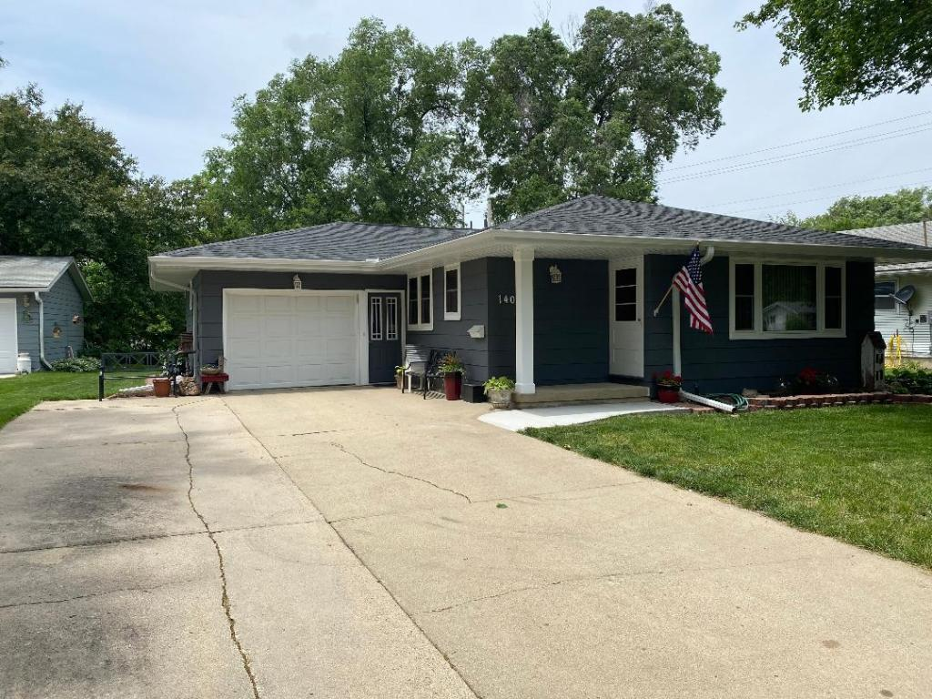 1403 Roosevelt Property Photo - Atlantic, IA real estate listing