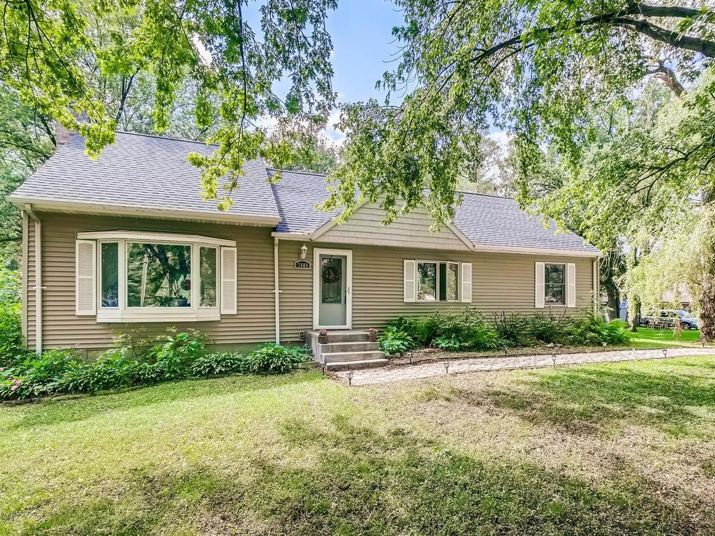 7880 Groveland Road Property Photo - Mounds View, MN real estate listing