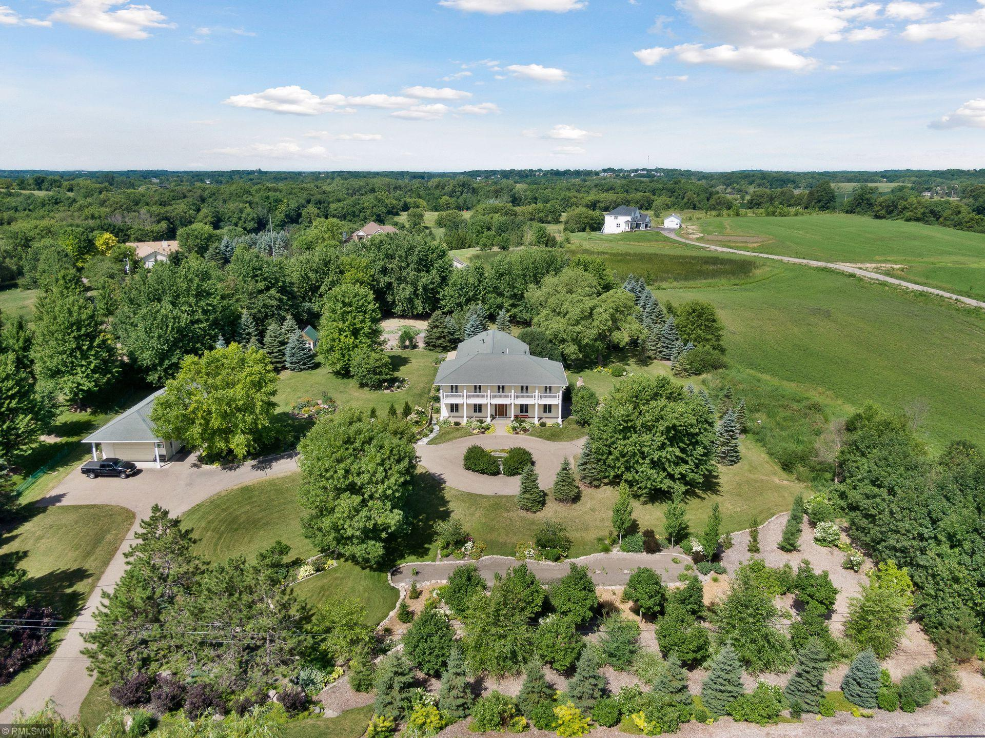 6975 Pioneer Trail Property Photo - Greenfield, MN real estate listing