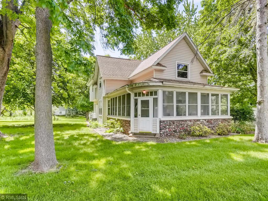 821 Kinnickinnic Property Photo - Prescott, WI real estate listing