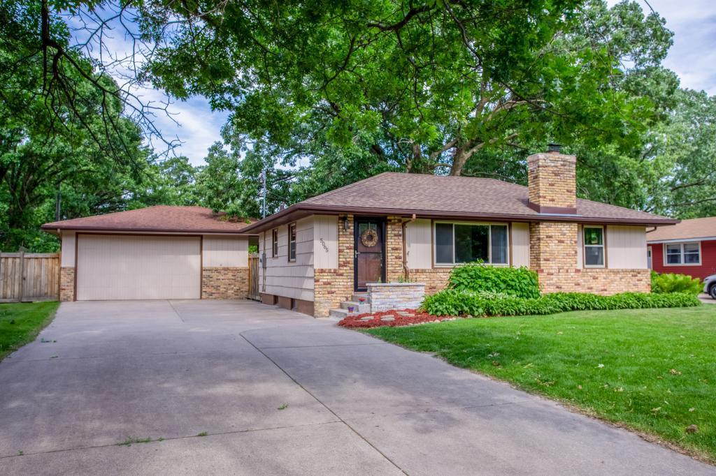 5065 Greenwood Property Photo - Mounds View, MN real estate listing