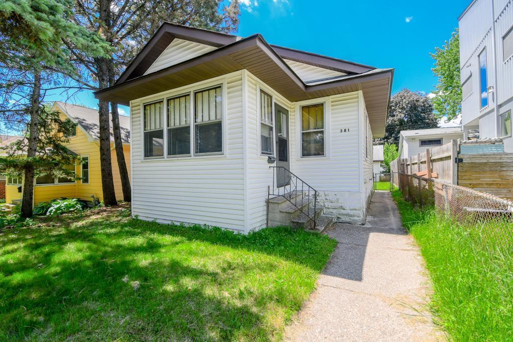 381 Pascal S Property Photo - Saint Paul, MN real estate listing