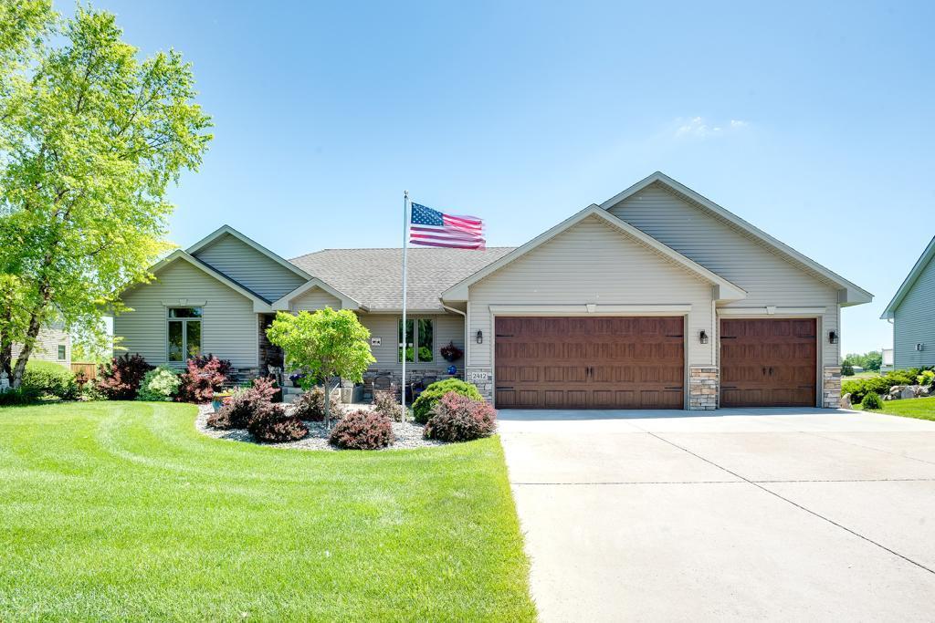 2412 Meadow Property Photo