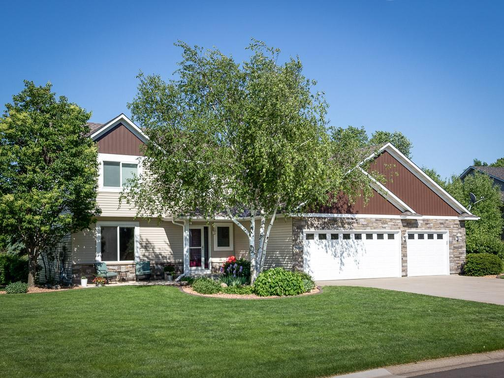 5041 Edgewater Property Photo - Savage, MN real estate listing