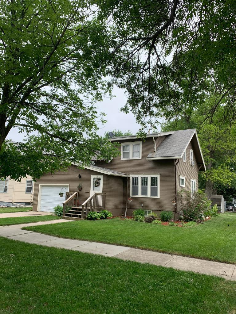 710 2nd Property Photo - Madison, MN real estate listing