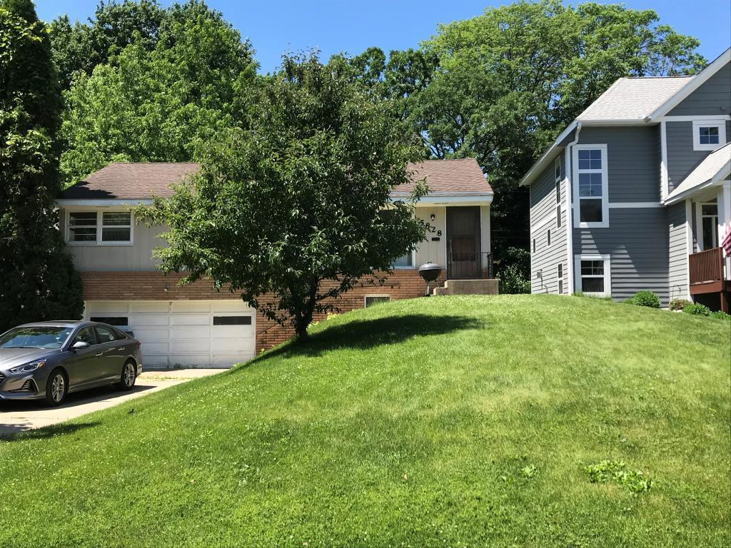 5828 Brookview Property Photo - Edina, MN real estate listing