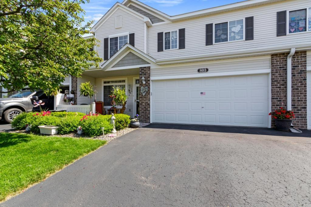 803 Willow Glen Property Photo - Buffalo, MN real estate listing