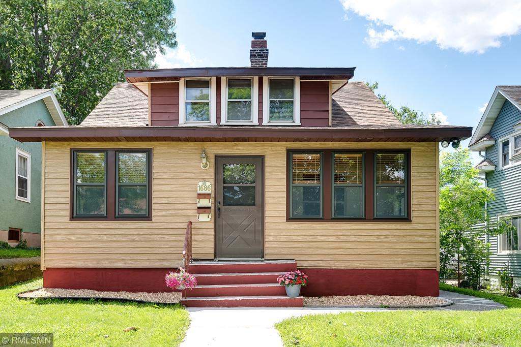 1686 Ross Property Photo - Saint Paul, MN real estate listing