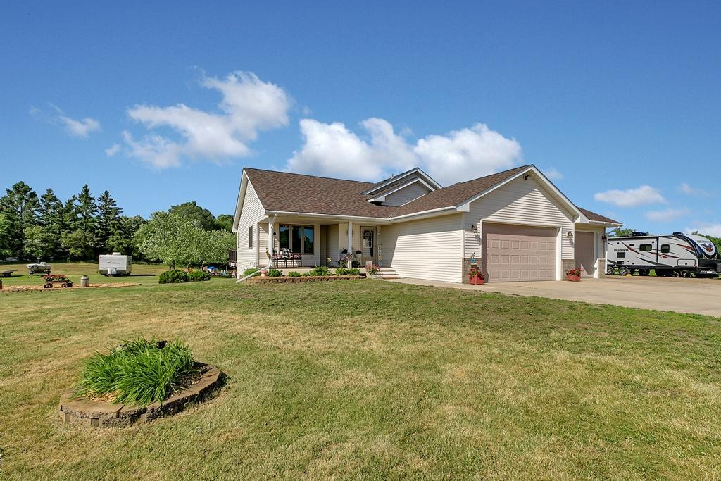 15028 Hidden River Drive Property Photo - South Haven, MN real estate listing