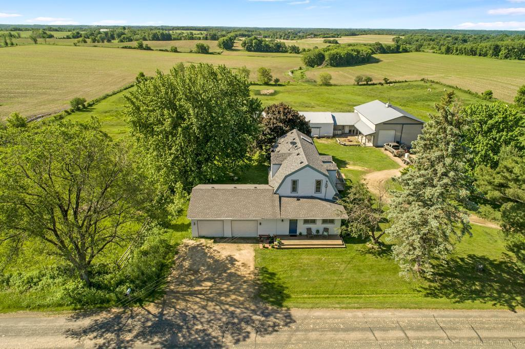 973 Coulee Property Photo - Kinnickinnic Twp, WI real estate listing