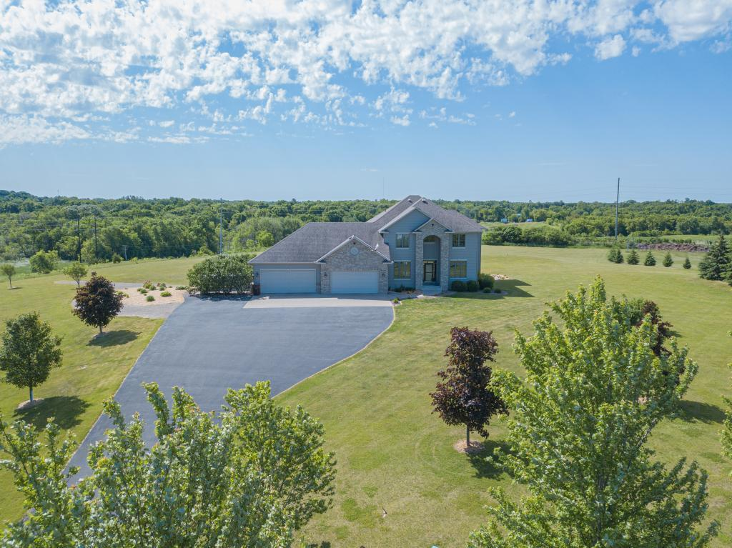 2876 Goodrich SE Property Photo - Buffalo, MN real estate listing