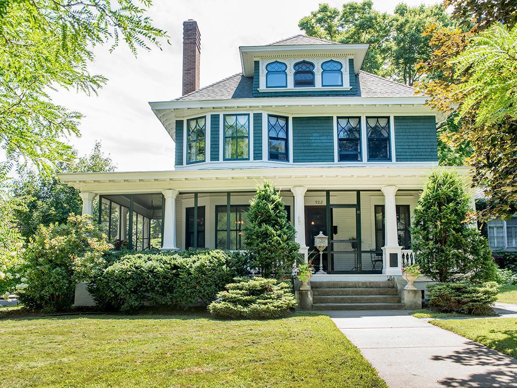 922 Portland Avenue Property Photo - Saint Paul, MN real estate listing