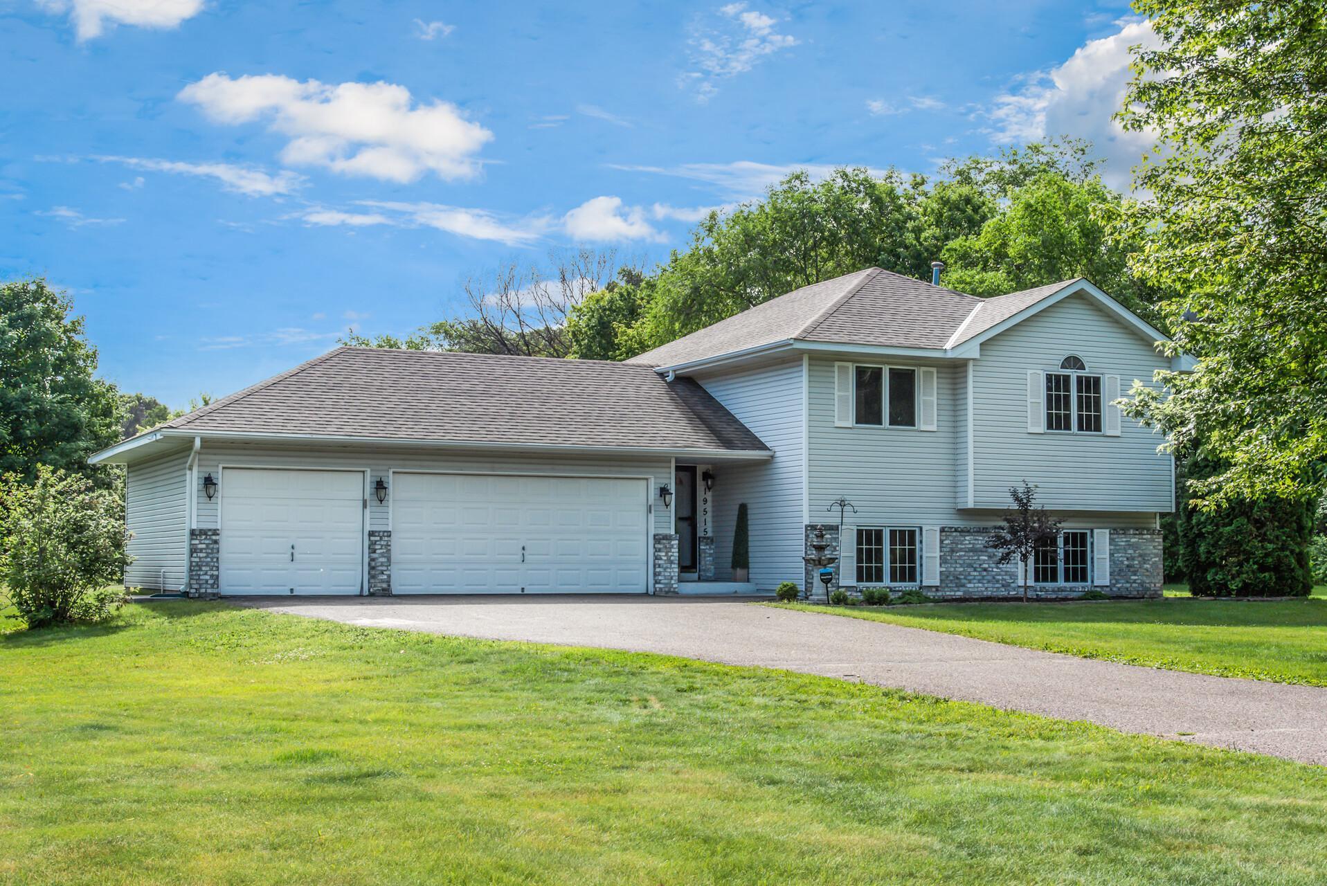 19515 Jamestown NE Property Photo - East Bethel, MN real estate listing