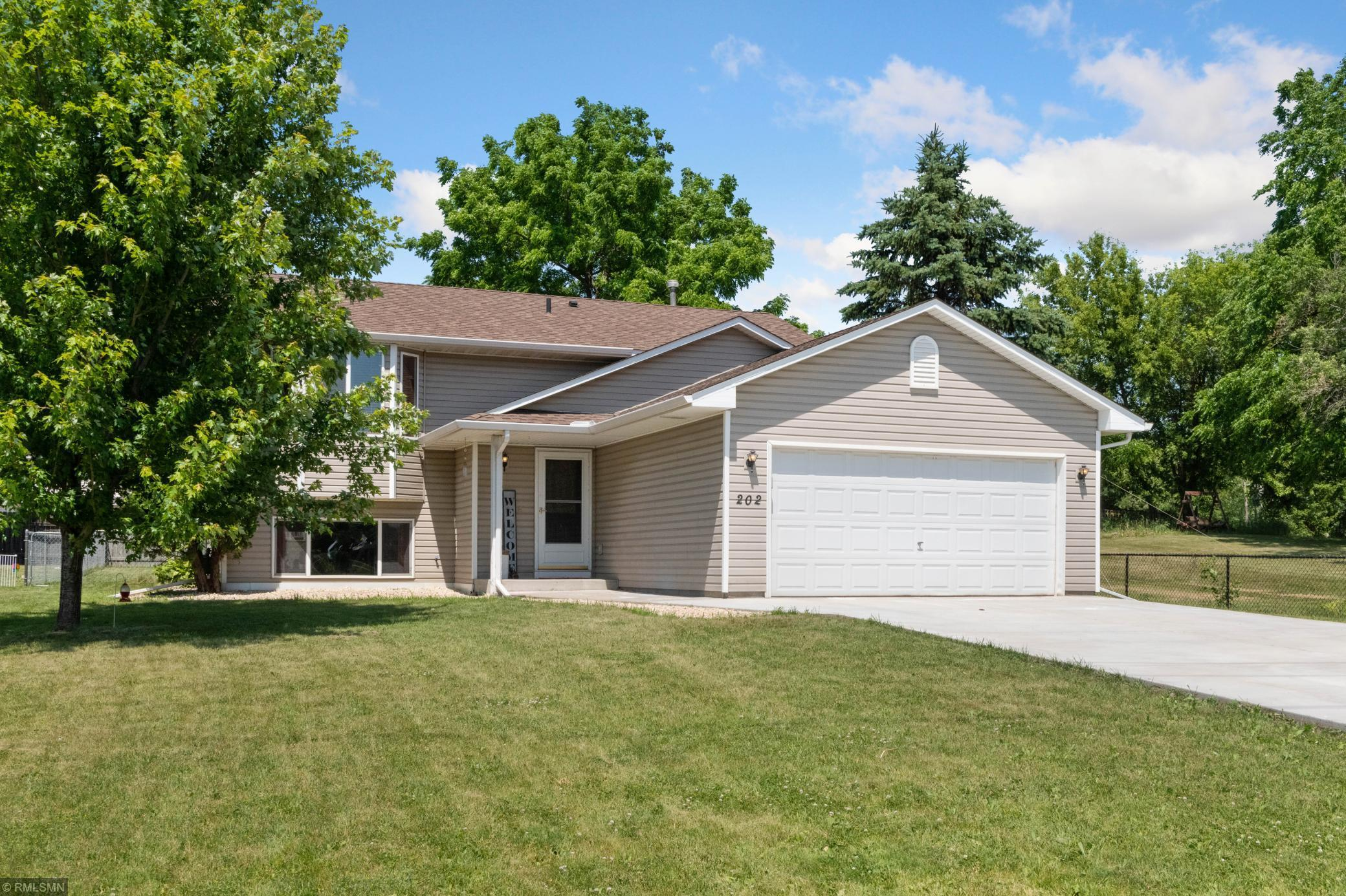 202 Benton E Property Photo - Cologne, MN real estate listing
