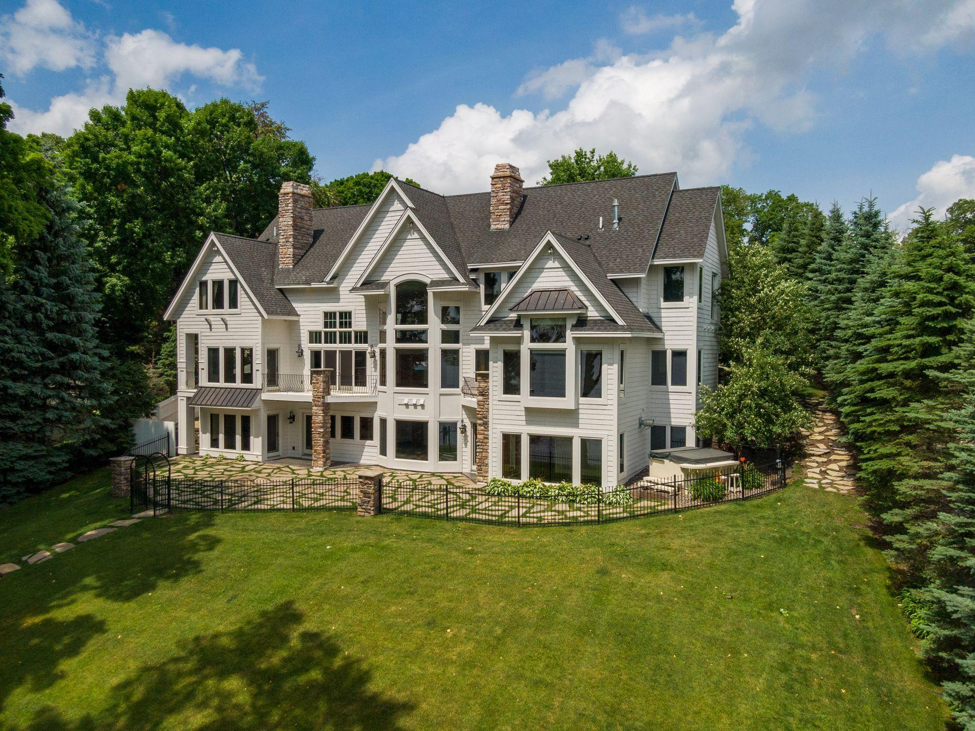 4017 North Shore Drive Property Photo - Orono, MN real estate listing