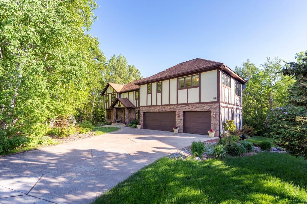 2136 Ponderosa Circle Property Photo - Duluth, MN real estate listing