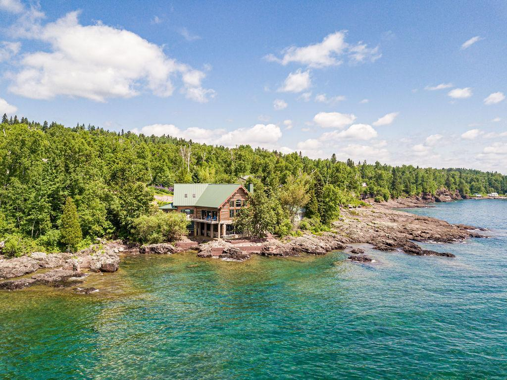 6202 Highway 61 Property Photo - Silver Bay, MN real estate listing