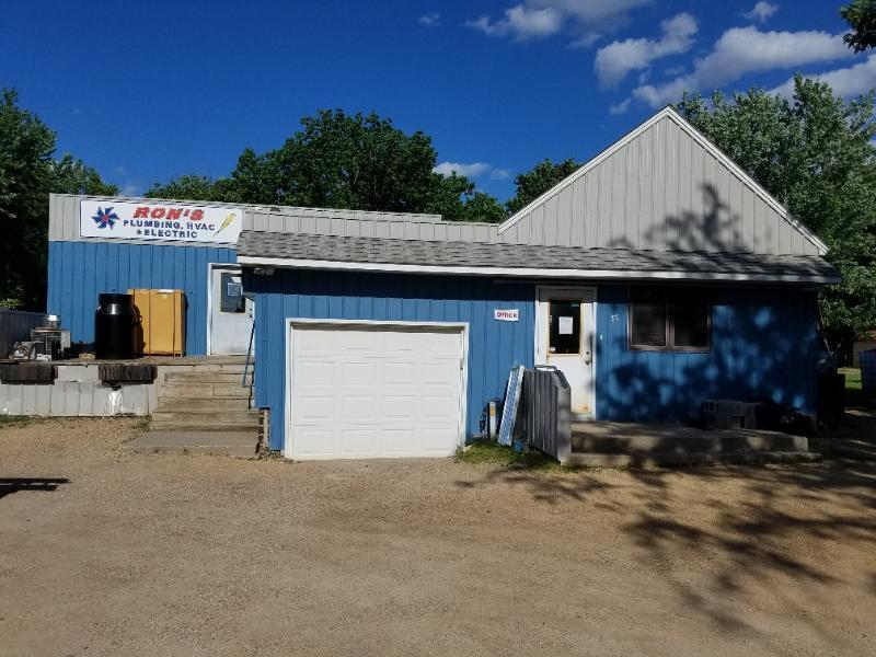 77 6th Avenue NW Property Photo - Wells, MN real estate listing