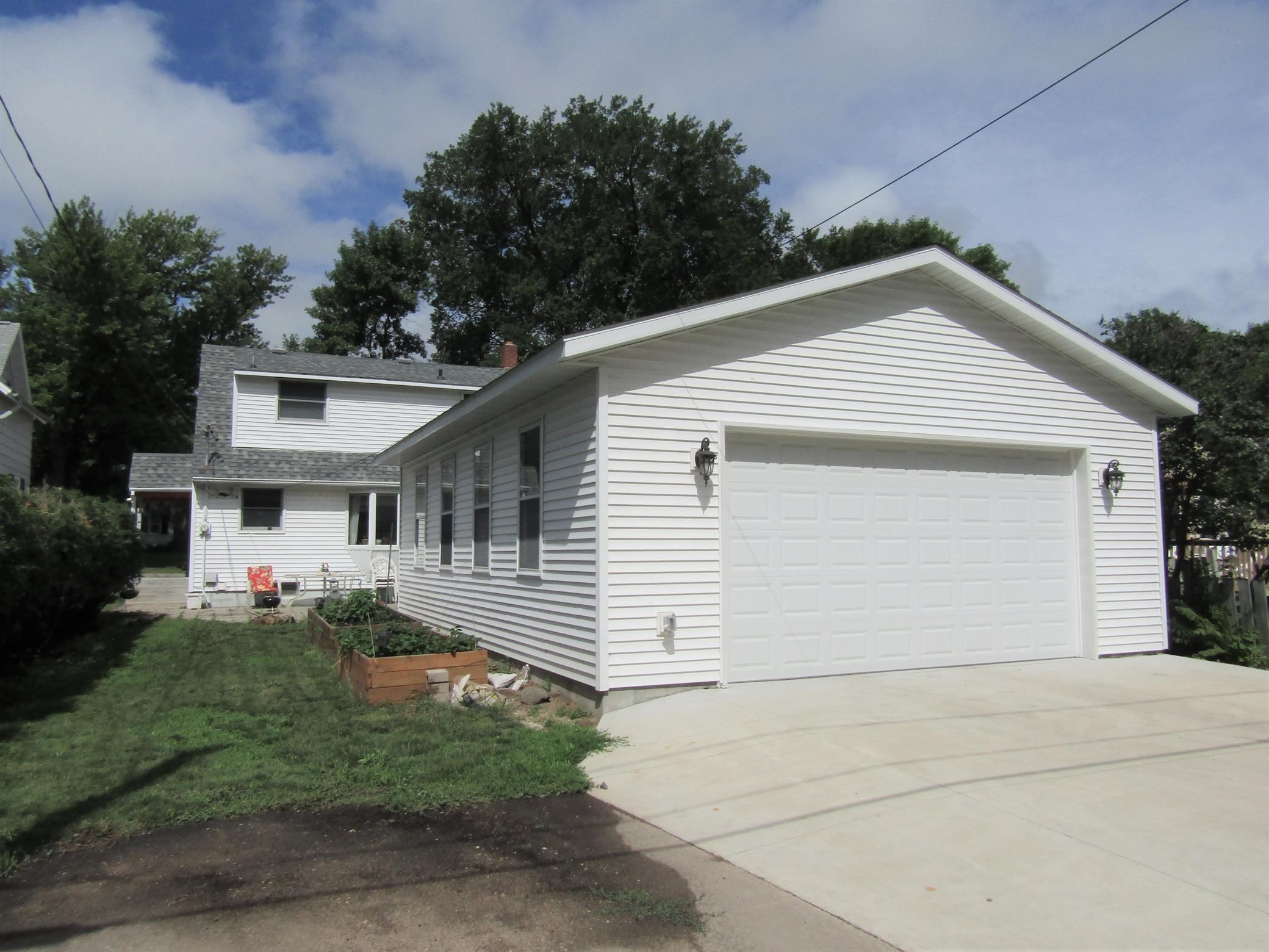 528 3rd Property Photo - Montevideo, MN real estate listing