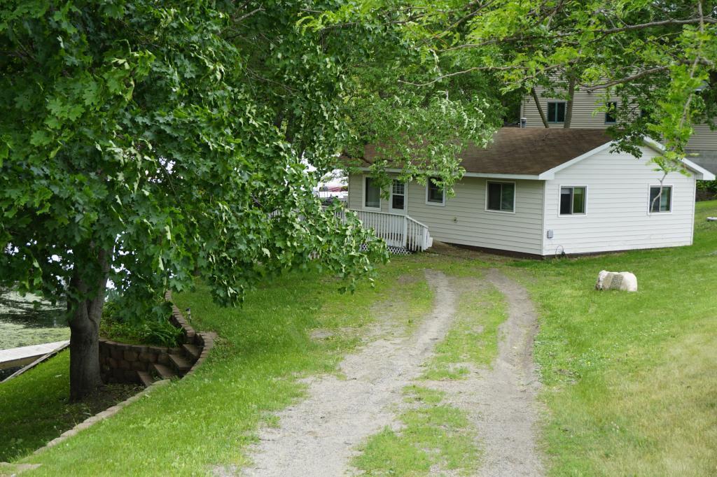 19391 Cedar Island Lake Property Photo