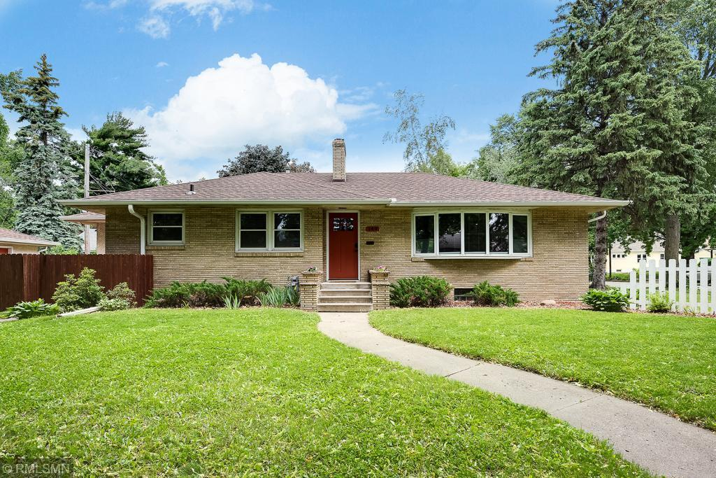 149 14th NE Property Photo - Minneapolis, MN real estate listing