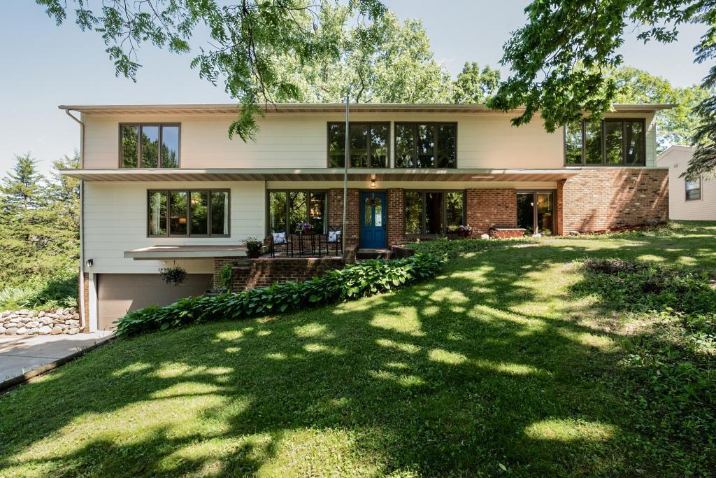 14905 Deerwood Property Photo - Burnsville, MN real estate listing