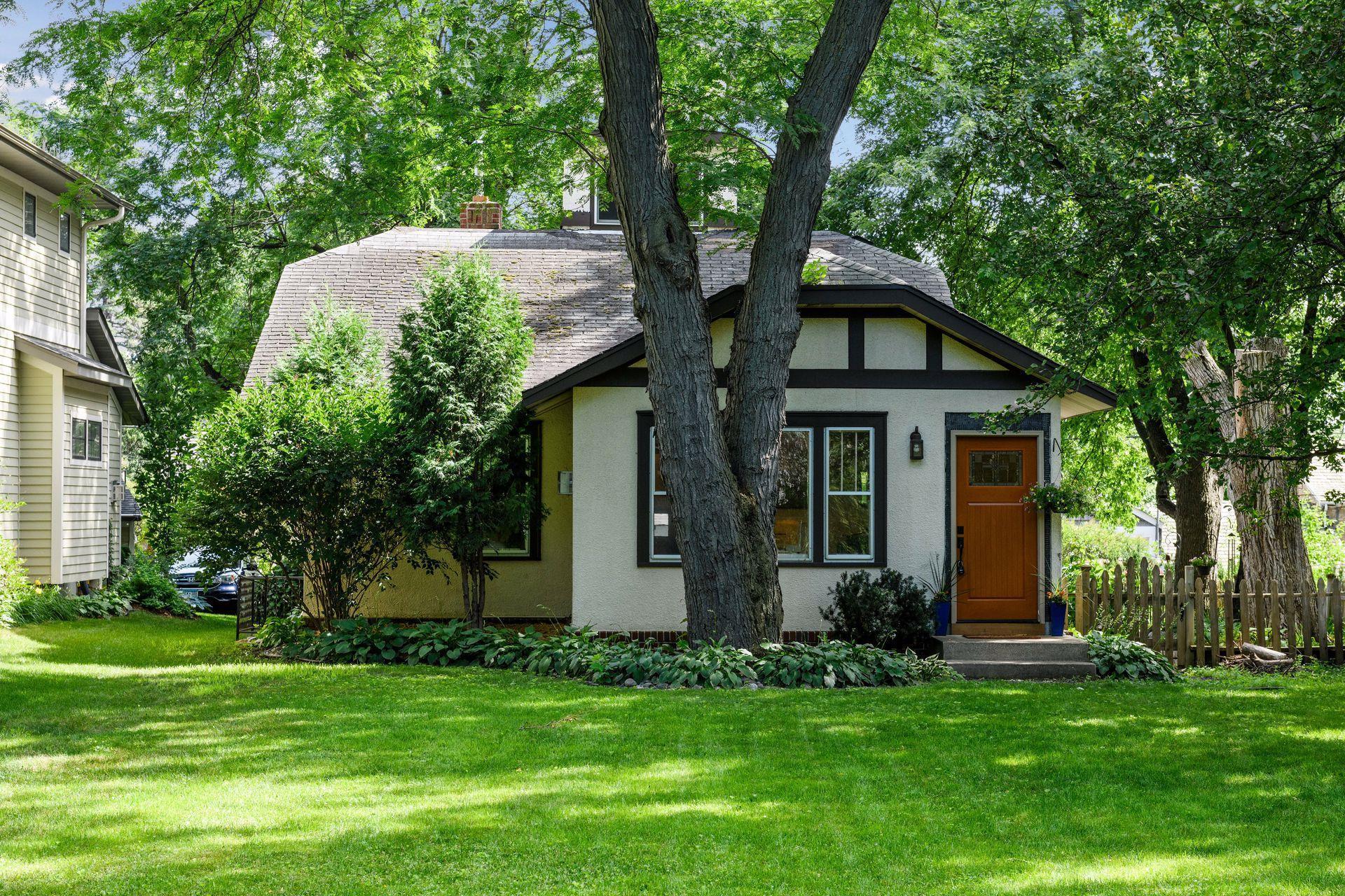 4219 W 44th Street Property Photo - Edina, MN real estate listing