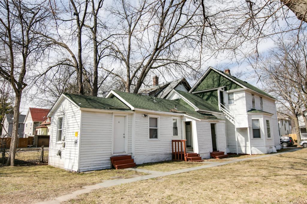 1819 25th N Property Photo - Minneapolis, MN real estate listing