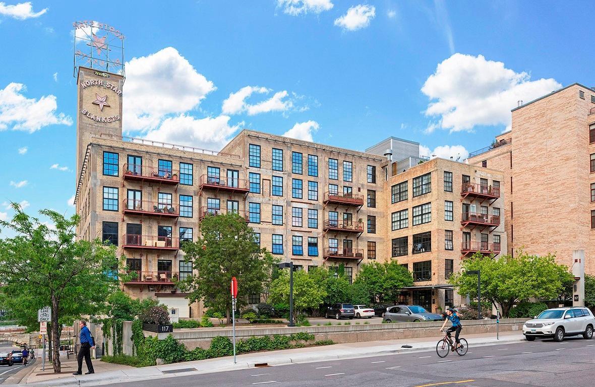 117 Portland Avenue #705 Property Photo - Minneapolis, MN real estate listing