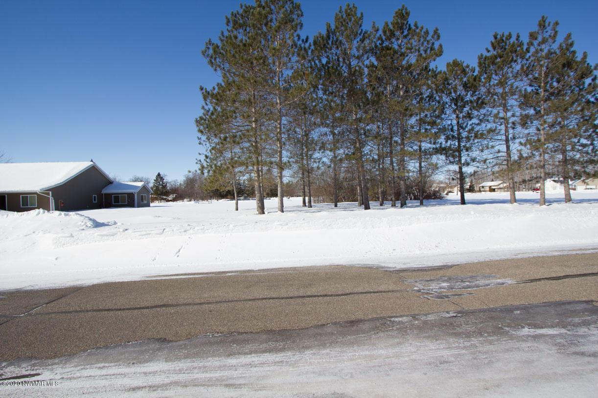 221 Sherwood N Property Photo - Thief River Falls, MN real estate listing