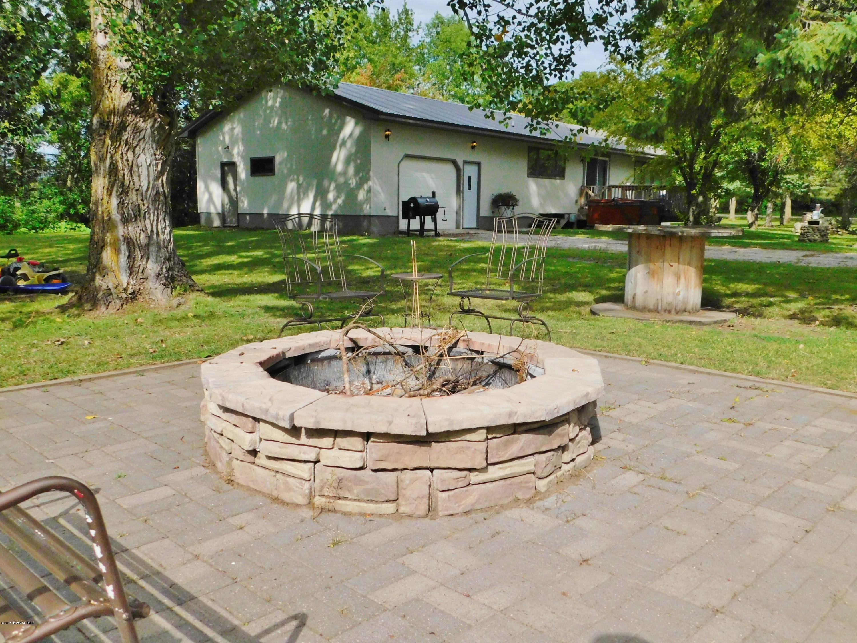 21095 Haugan NW Property Photo - Pinewood, MN real estate listing