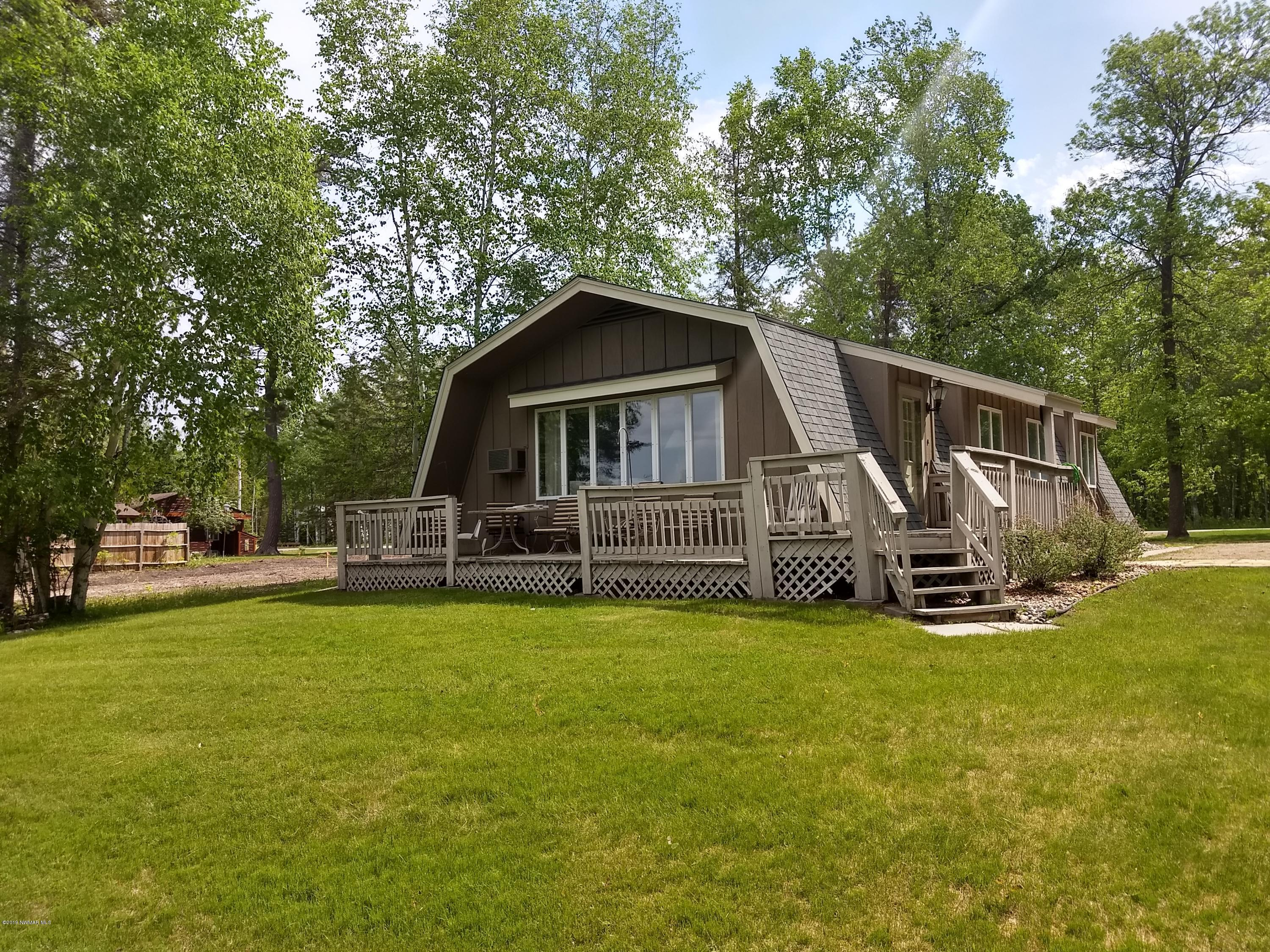 1665 26th NW Property Photo - Baudette, MN real estate listing